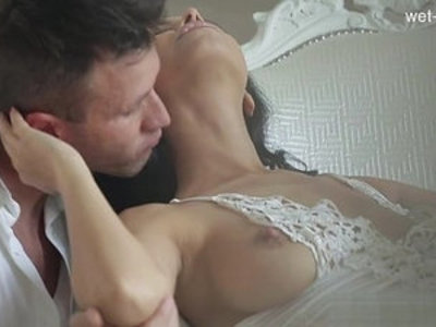 Latin women showing their exotic bodies in HD tube videos